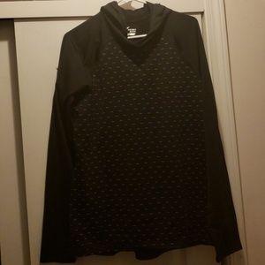 Tops - Old Navygo dry hoodie